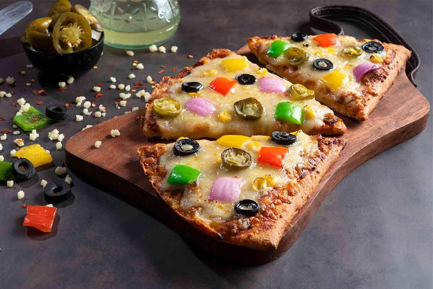 Very Veggie Semizza (11 inch Half Pizza)