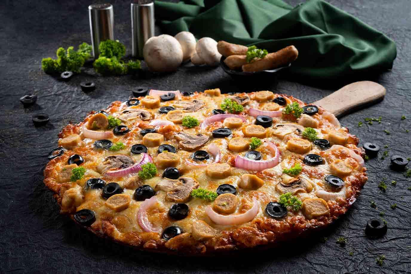 Chicken Sausage Garden pizza (Large)